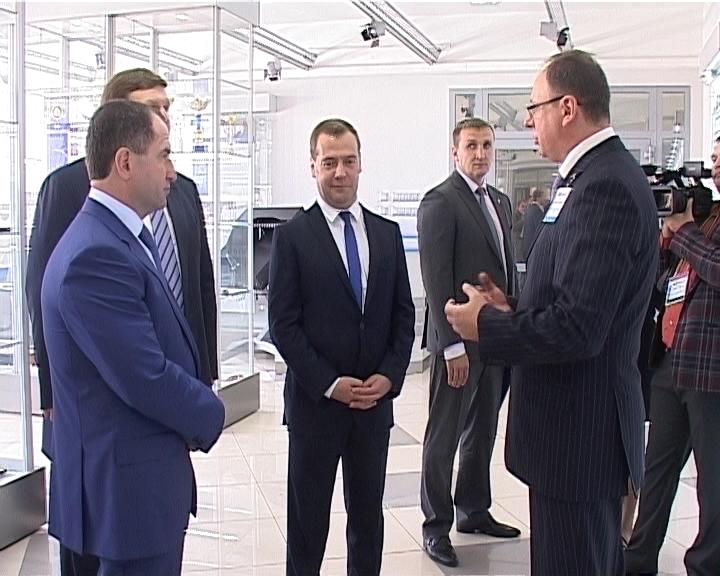 Дмитрий Медведев принял участие в открытии Международного экономического форума