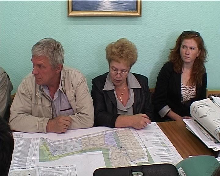 Публичные слушания по вопросу строительства комплекса жилых домов в районе слободы Шоломовской