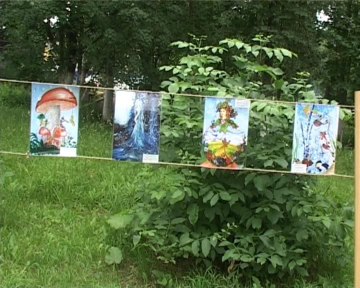 Выставка «Гимн воде» в парке Аполло