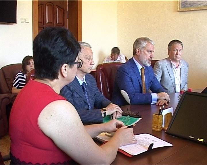 Никита Белых провёл встречу с генеральным директором Росгосцирка Вадимом Гаглоевым