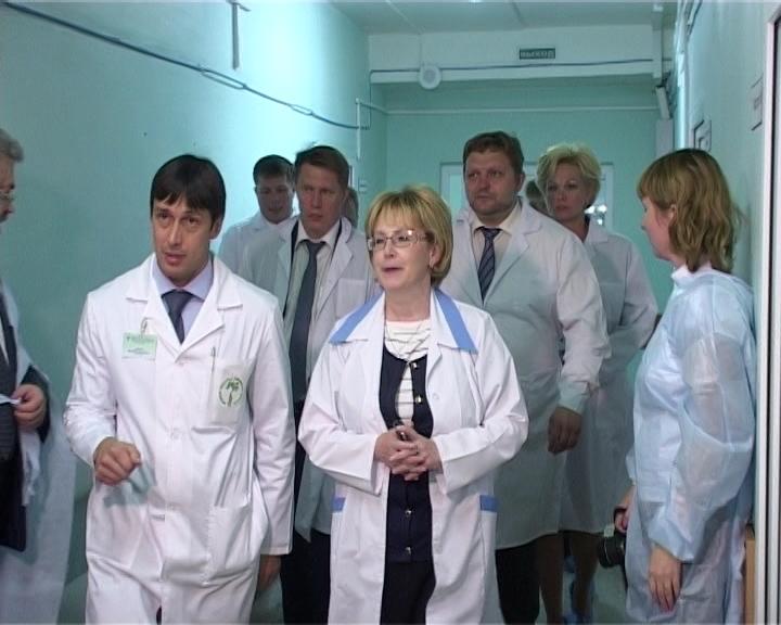 Министр здравоохранения Вероника Скворцова посетила Кировскую областную клиническую больницу № 3
