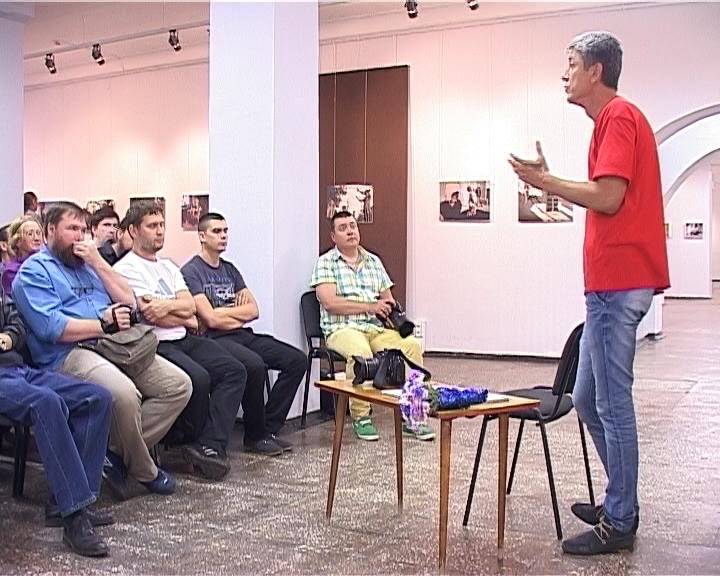 Творческая встреча с мэтром документальной фотографии Анзором Бухарским