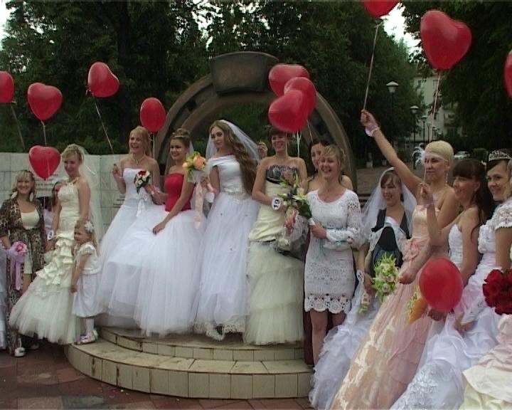 Парад невест в Кирове