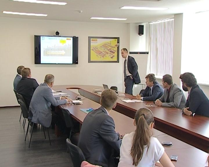 Никита Белых посетил Кировский шинный завод