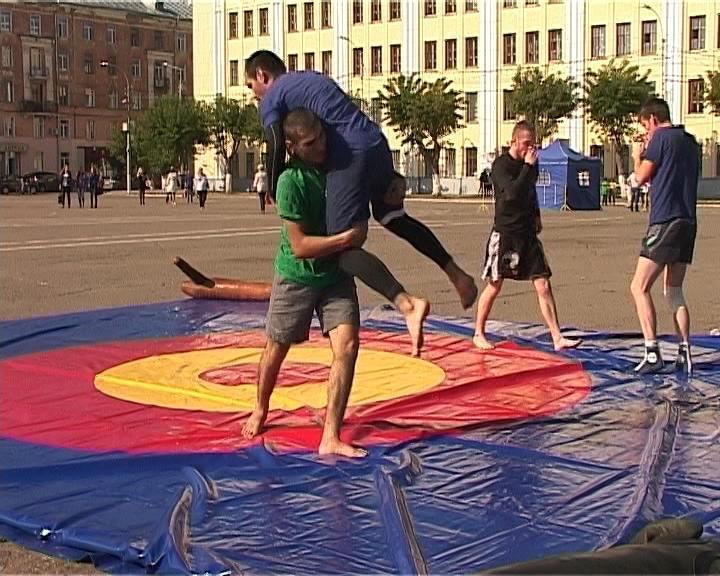 Фестиваль ДЮСШ на театральной площади