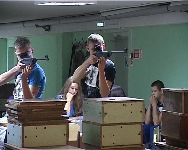 Спартакиада молодежи допризывного возраста в кировской школе № 20