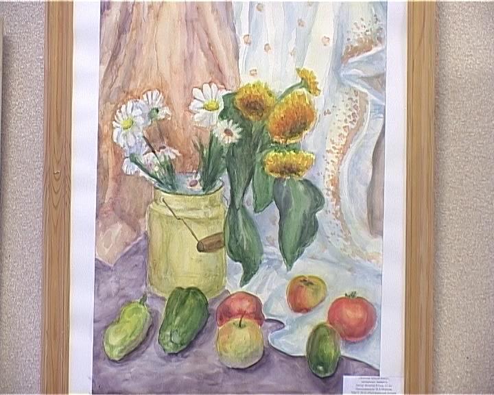 Выставка юного художника из посёлка Радужный Юлии Вепрёвой