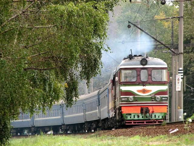 Снос овощных ям вдоль железной дороги - нарушение имущественных прав их владельцев.