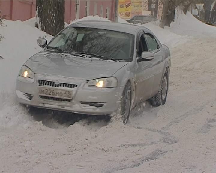 Город Киров в снегу