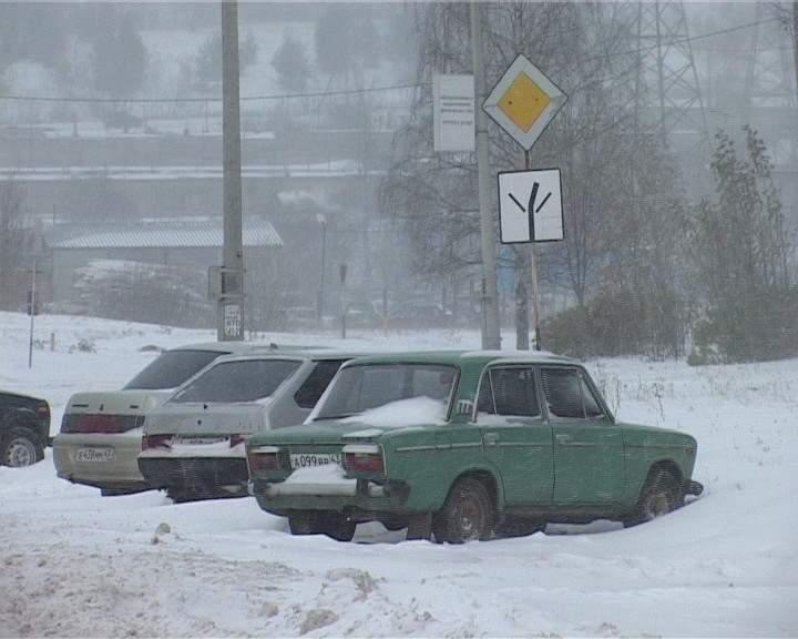Ситуация с последствиями снегопада в Кирово-Чепецке оценивается, как удовлетворительная.