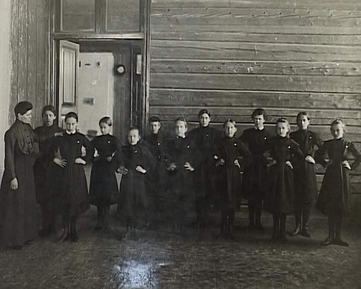 155 лет женской Мариинской гимназии