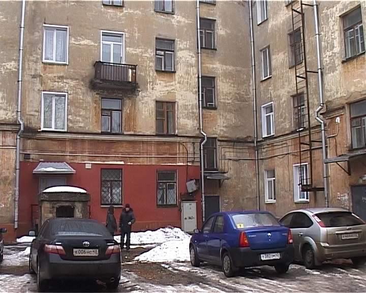 Протечка крыши по Октябрьскому проспекту 55