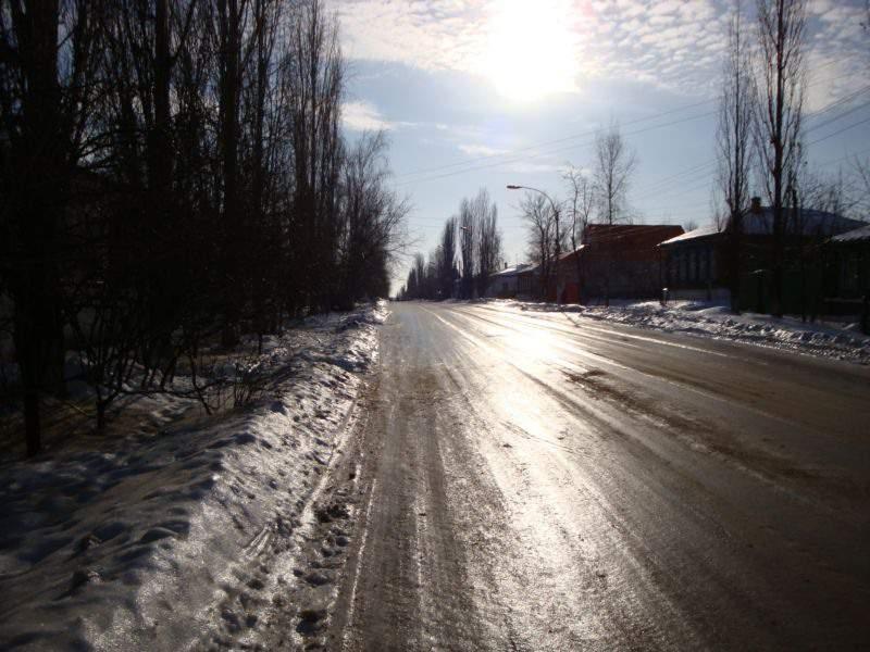 14 человек пострадали в Кирове из-за ледяного дождя и гололеда.