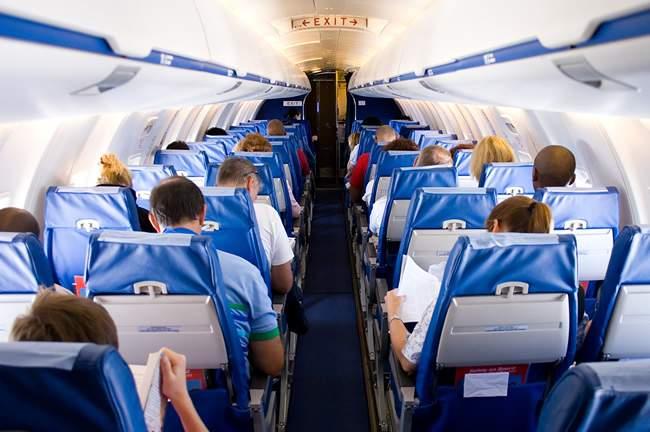 С 10 ноября возобновляется авиарейс Киров - Санкт-Петербург.
