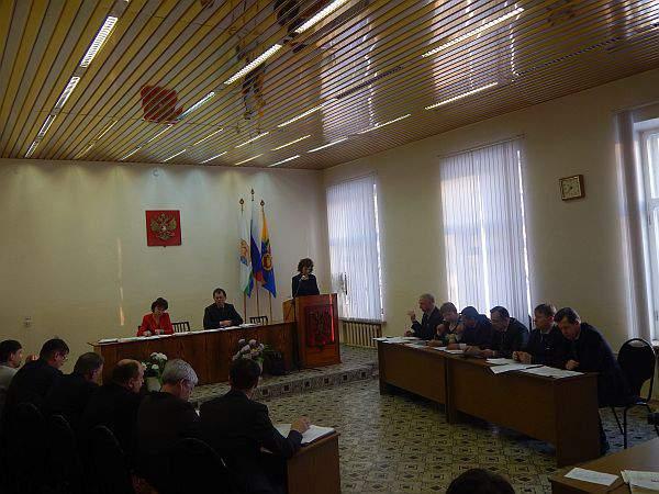 В Омутнинском районе нет денег на зарплату бюджетникам.
