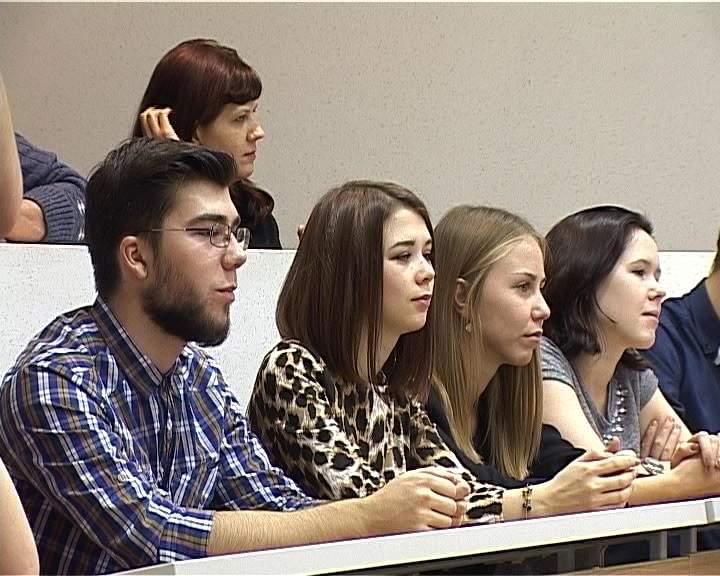 Встреча Иосифа Райхельгауза с кировскими студентами