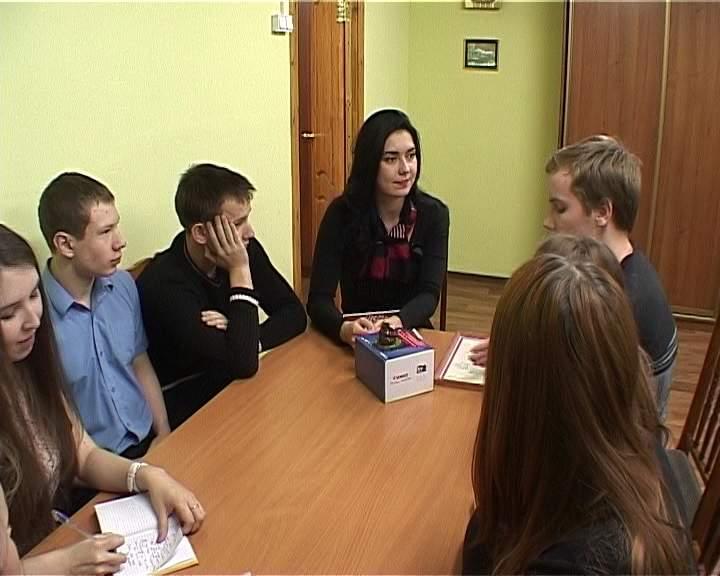 Кировские знатоки на интеллектуально-развивающей игре «Ума палата»