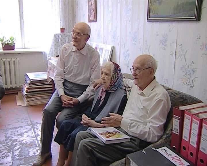 Двойной юбилей братьев-близнецов Юрия и Виктора Дорофеевых