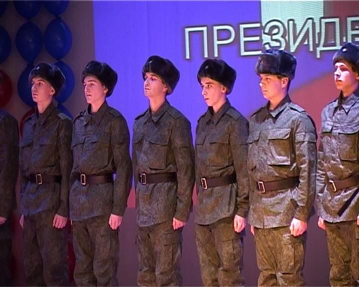 15 кировских призывников отправились на службу в Президентский полк