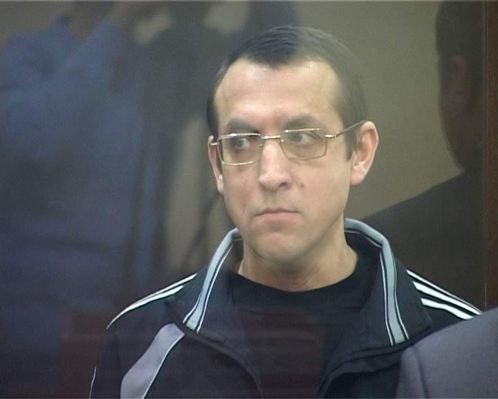 Кировской областной суд вынес приговор участнику организованной преступной группы «Джамаат» И.Ахметшину за совершение терактов на территории 5 регионов России в том числе Кировской области.