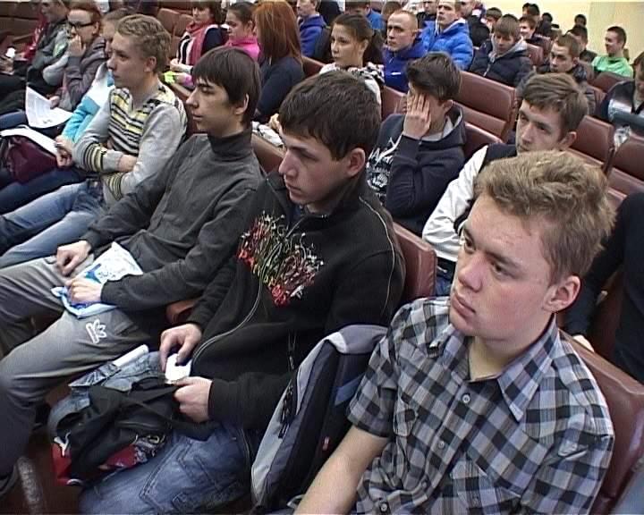 Ярмарка вакансий для выпускников кировского многопрофильного техникума
