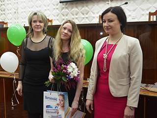 В Кирове выбрали лучшего гигиениста стоматологического.