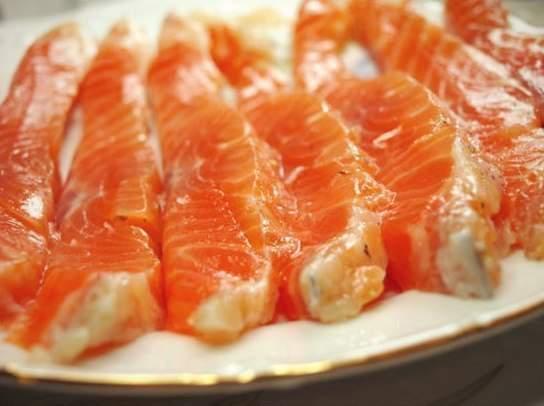 Красная рыба станет дешевле.