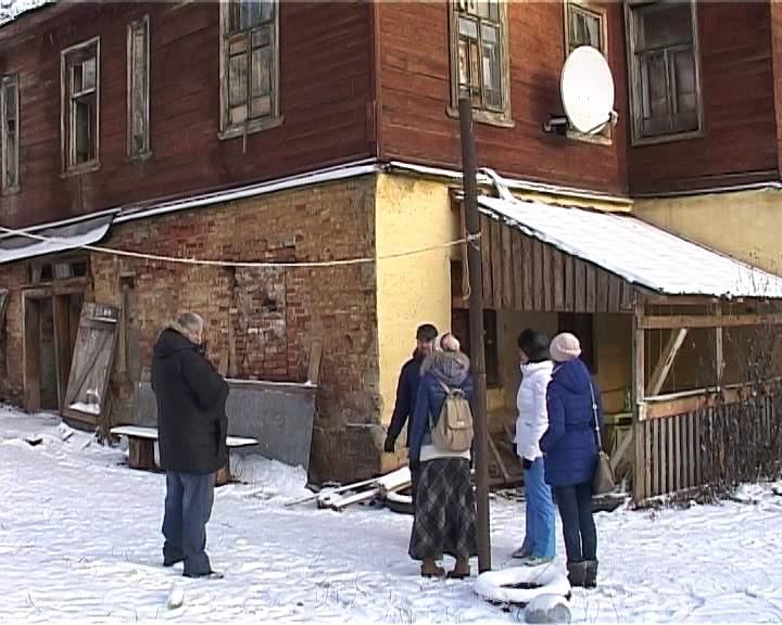 Аварийный дом на Ленина, 117