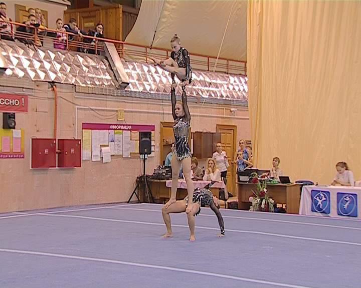 Кировские акробаты - в числе сильнейших