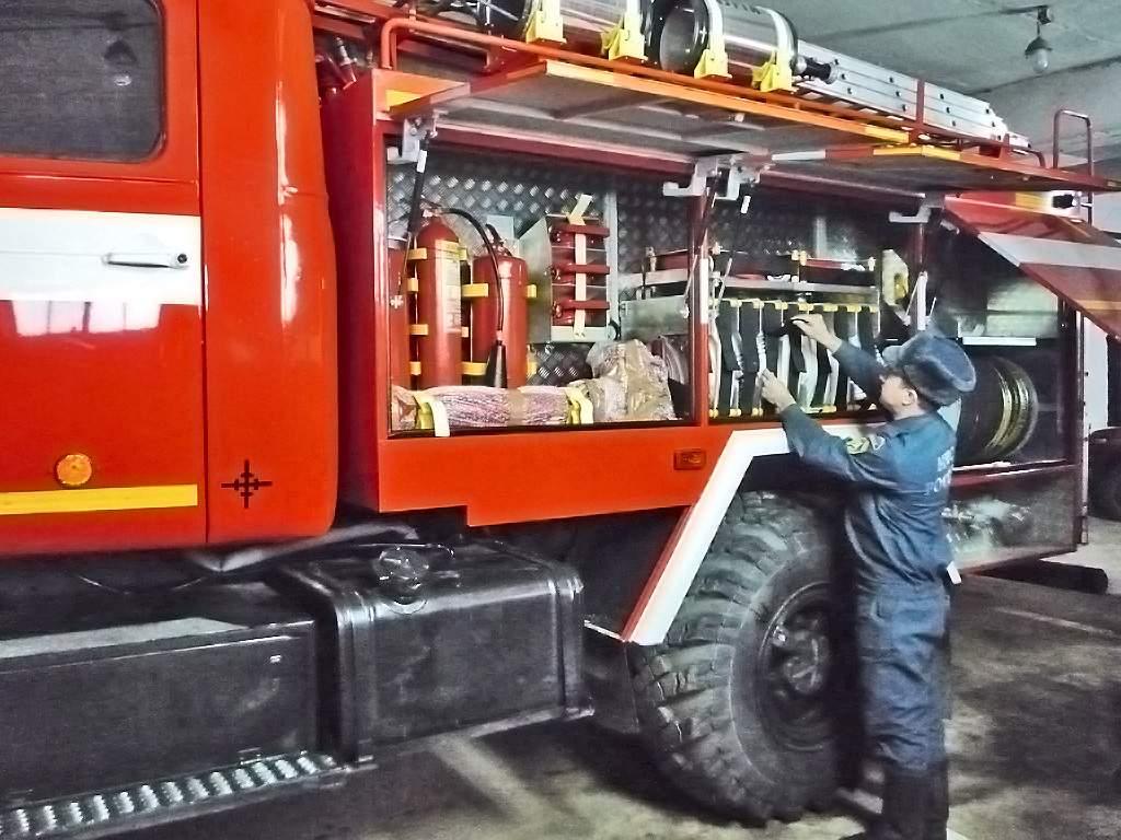 Пожарные п. Богородское Кировской области получили автомобиль повышенной проходимости.