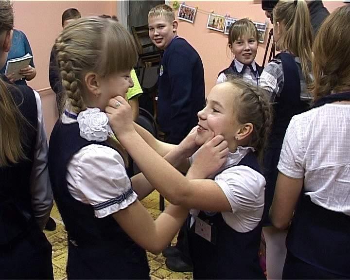 Кировских школьников учат общению