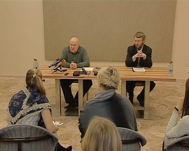 Александр Калягин встретился с кировскими журналистами
