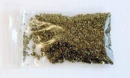 Вещества, входящие в состав курительных смесей, запрещены на территории России.
