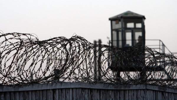 Мошенник за 2 млн. рублей пообещал родственникам осужденного помочь освободить его из колонии.