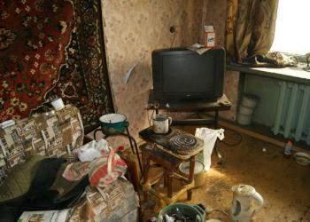 Жителя Фаленского района приговорили к 4 годам лишения свободы за систематическое предоставление своей квартиры для потребления наркотиков.