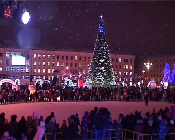 Полиция обеспечит безопасность кировчан в новогоднюю ночь
