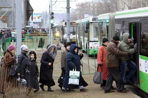 В Кирове билет в общественном транспорте будет стоить 19 рублей, а для льготников введут талоны на проезд.