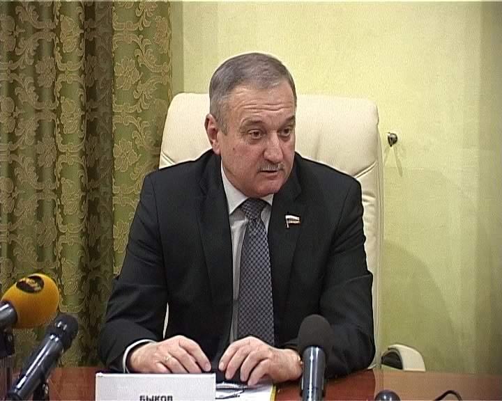 Глава города Кирова Владимир Быков провел брифинг с журналистами