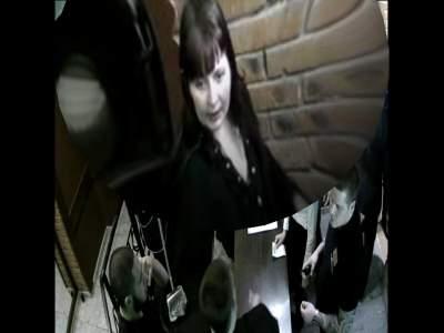 Полицейские разыскивают женщину, похитившую шубу из клуба «Green House».