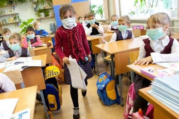 Из-за эпидемии гриппа и ОРВИ в девяти школах г. Кирова распущены 20 классов.