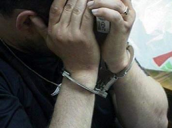 В центре г. Кирова задержали молодого человека в состоянии наркотического опьянения.
