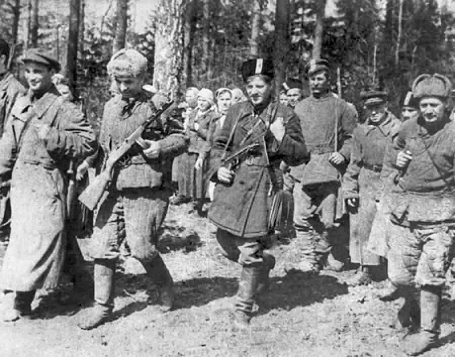 В Кирове формируют интерактивный фотоархив времен Великой Отечественной войны.