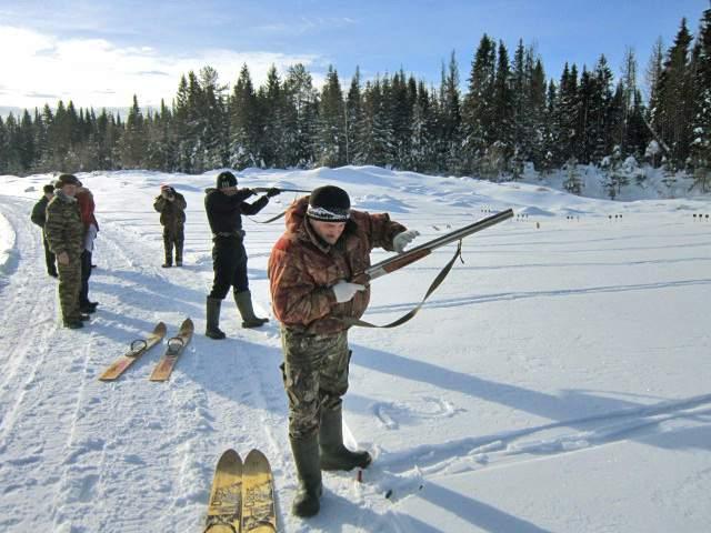 Сотрудники МЧС Богородского района победили в охотничьем биатлоне.