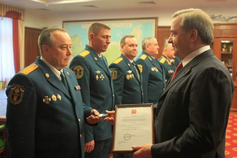 Глава кировского ГУ МЧС Михаил Лихачев получил звание генерал-майора.