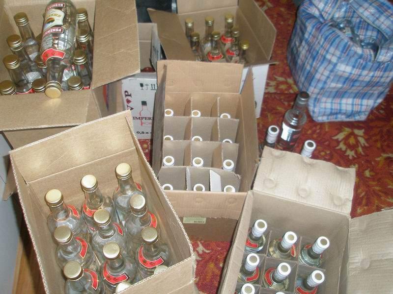 Дело кирово-чепецких торговцев контрафактным алкоголем направлено в суд.