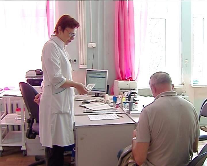 Растет количество пострадавших от укусов клещей в Кировской области
