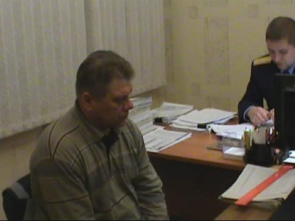 За гибель девочки от глыбы льда директор ООО «Содружество» г. Слободского был осужден и попал под амнистию.
