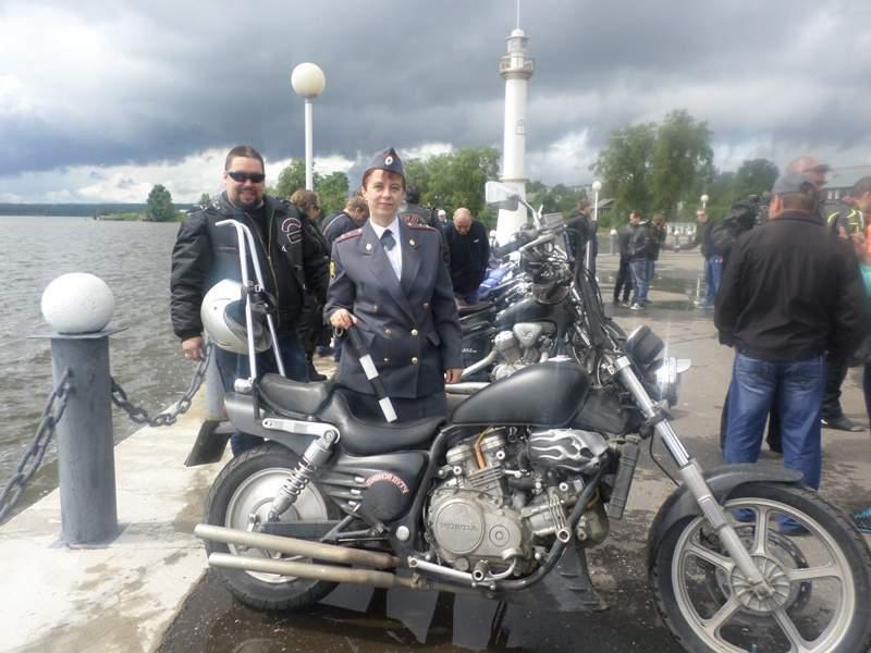 Кировские байкеры со специальной миссией побывали в Омутнинске и Зуевском районе.