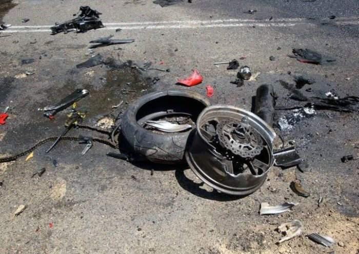 Под Котельничем столкнулись ГАЗ-4753 и мотоцикл: двое погибших.