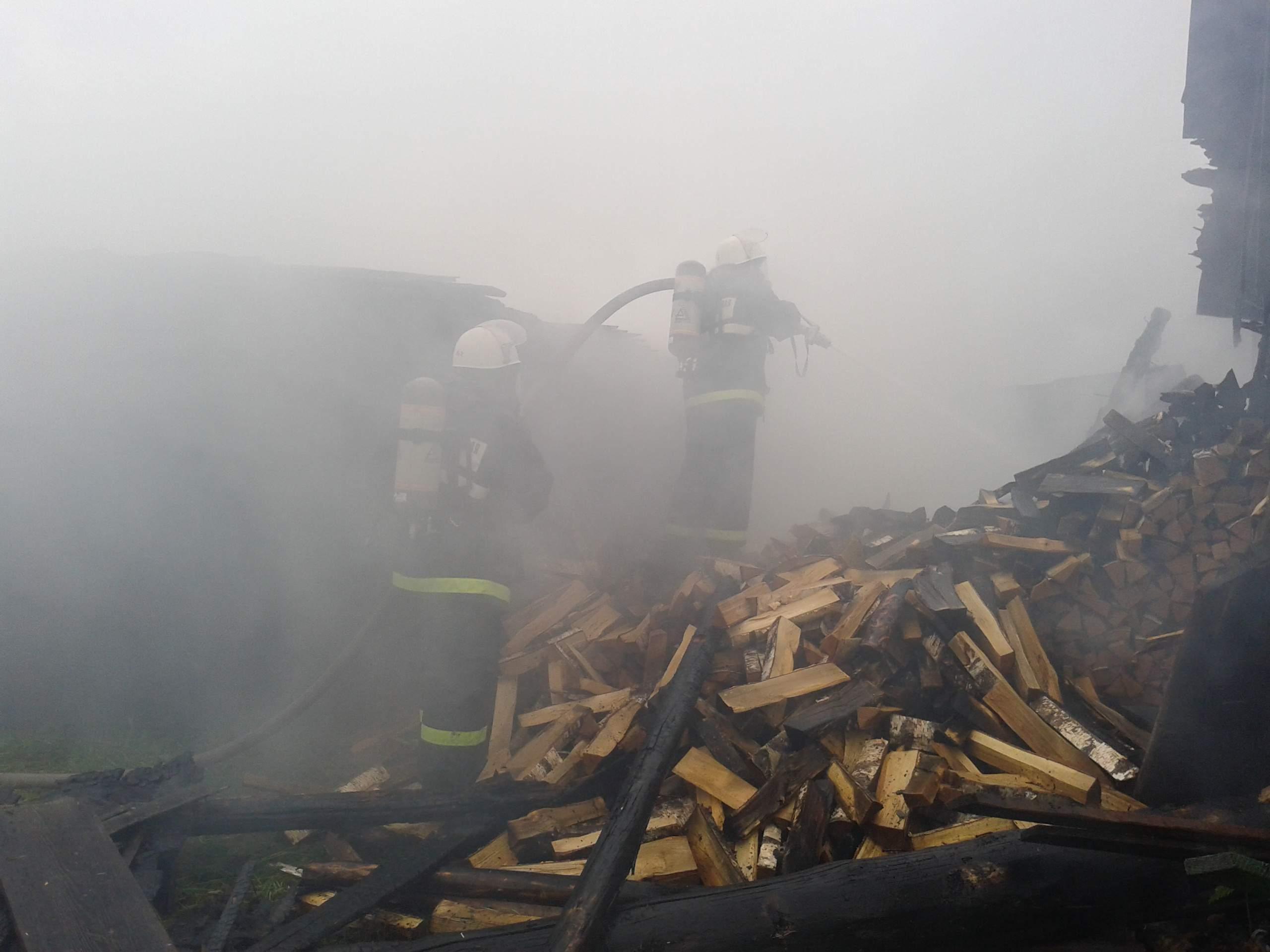 2 человека погибли, один - с ожогами. Пожары выходных